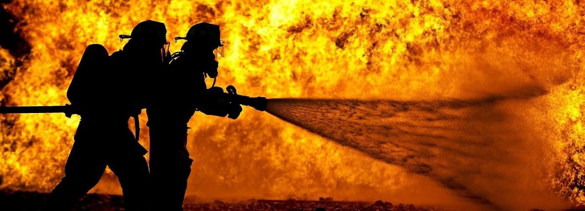 crop-firefighters-870888_1280